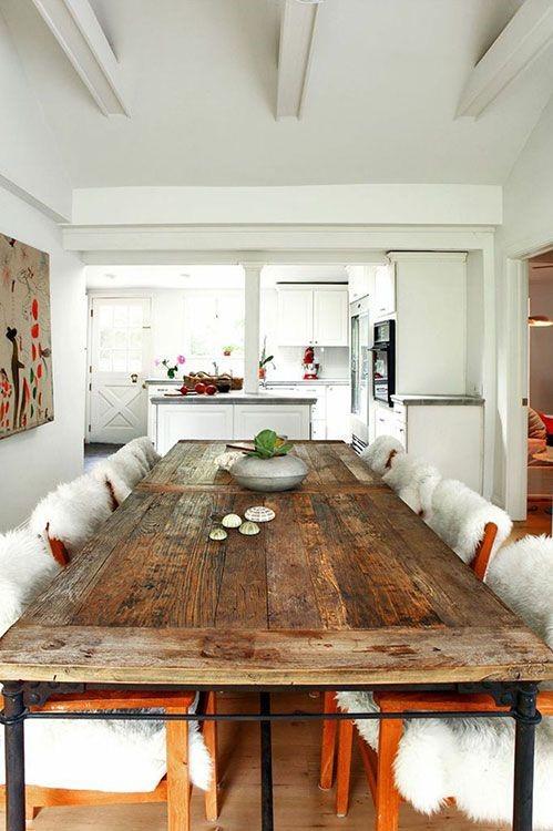 Mesas con mucho encanto 13 ideas para combinar hierro y for Hacer una mesa con una puerta