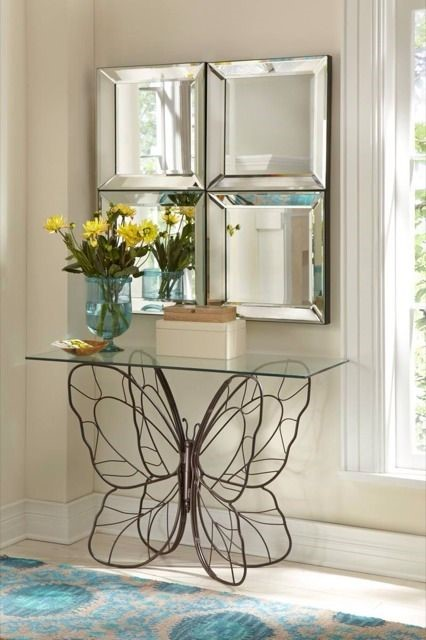 Recibidores modernos tendencias en decoraci n forja hispalense Mariposas decorativas ikea