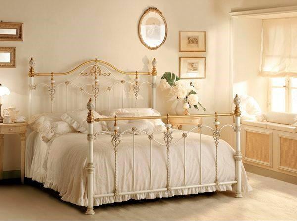 Nuestros muebles de forja online forja hispalense blog for Muebles romanticos blancos
